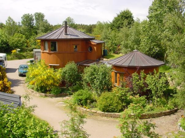findhorn-barrelhouses